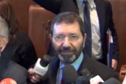 Beppe Grillo lascia l'Hotel Forum