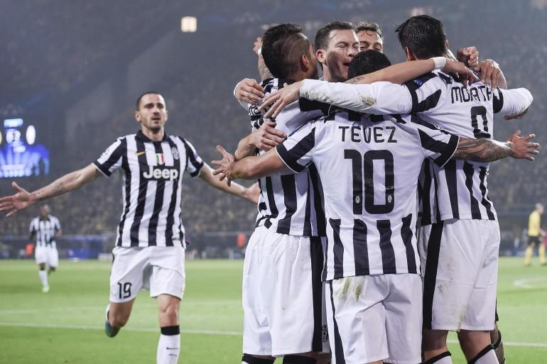 Borussia dortmund juventus 0 3 super tevez bianconeri ai for Scarica sfondi juventus gratis