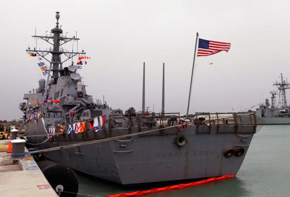 La nave Usa facente parte dello scudo antimissile Nato