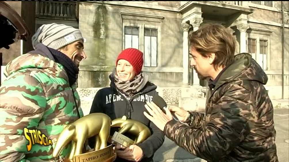 Striscia la Notizia ed il tapiro d'oro a Federica Pellegrini e Filippo Magnini