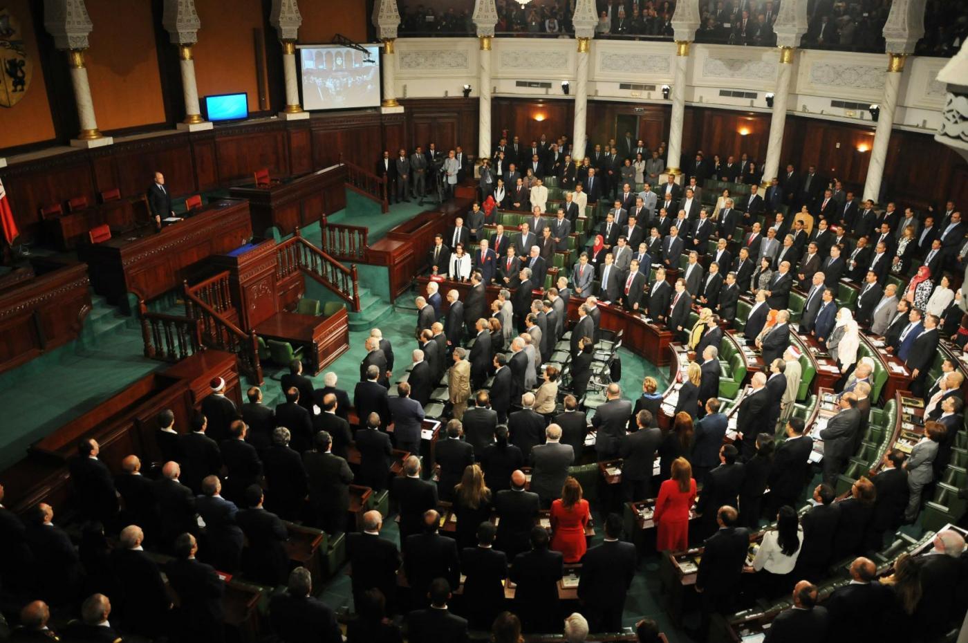 Tunisi, sparatoria davanti al Parlamento