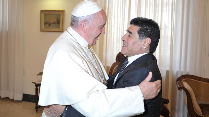 Maradona incontra Papa Francesco: «sono il suo primo sostenitore»