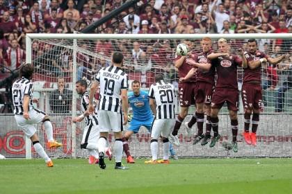 Torino-Juventus diretta punizione pirlo