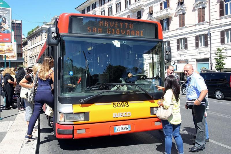Atac roma il biglietto coster di pi giornalettismo for Roma mobile atac