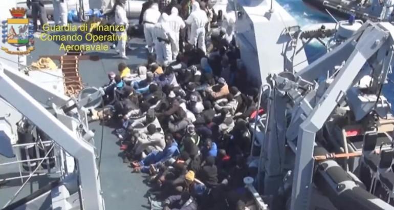 Australia profughi, le contraddizioni dell'UE
