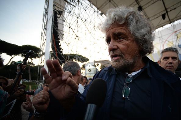 Beppe Grillo immigrati
