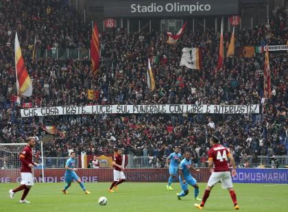 Ciro Esposito, chiusa per un turno la curva sud della Roma per gli striscioni contro la madre