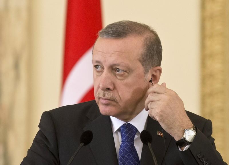 """Genocidio armeno: Erdogan """"minaccia"""" Papa Francesco"""