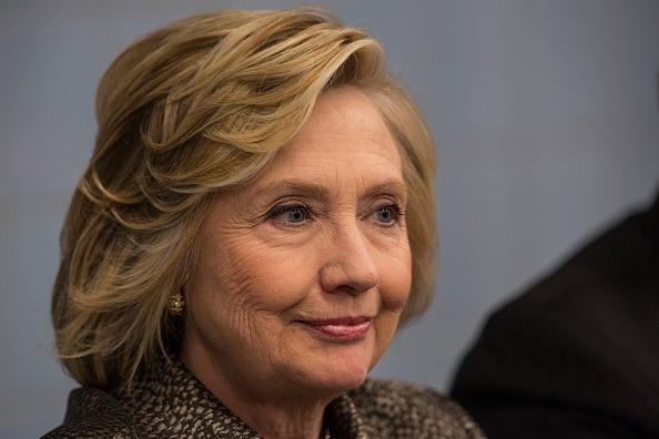 Hillary Clinton si candida alla presidenza degli Stati Uniti