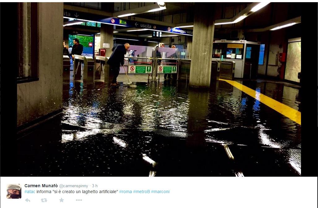 Roma, metro B: allagata per pioggia la stazione Marconi