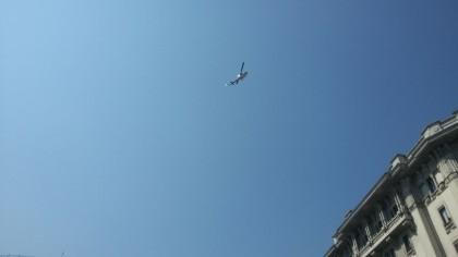 L'elicottero che sorvola la zona della sparatoria. Giornalettismo