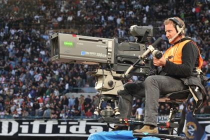 Diritti tv perquisizioni Sky e Mediaset
