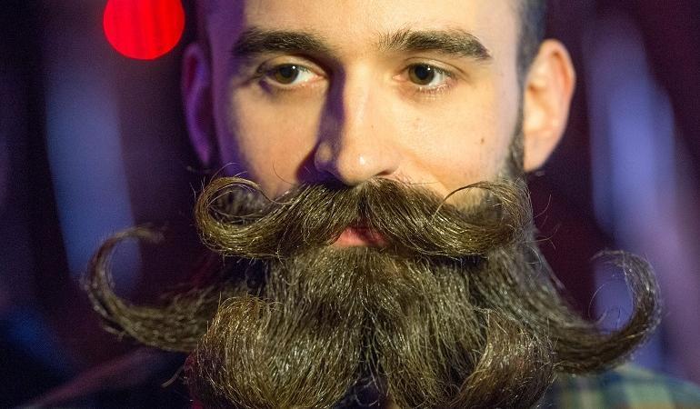barba sporca come un bagno pubblico