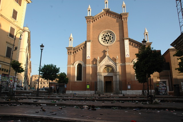 immigrati roma san lorenzo