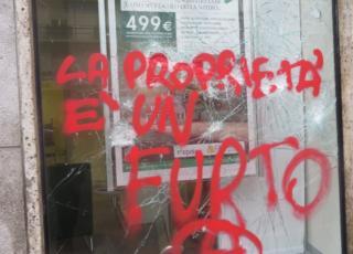 No Expo devastazione in via Carducci
