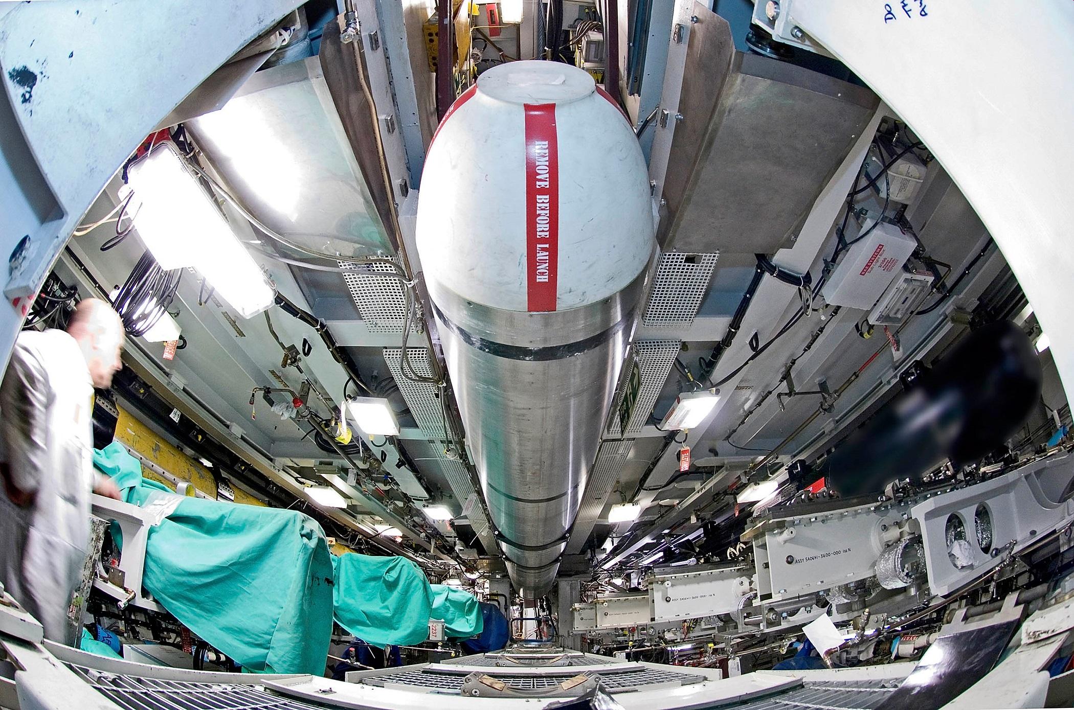 Risultati immagini per armi nucleari