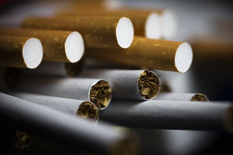 Dipendenza di tabacco a donne