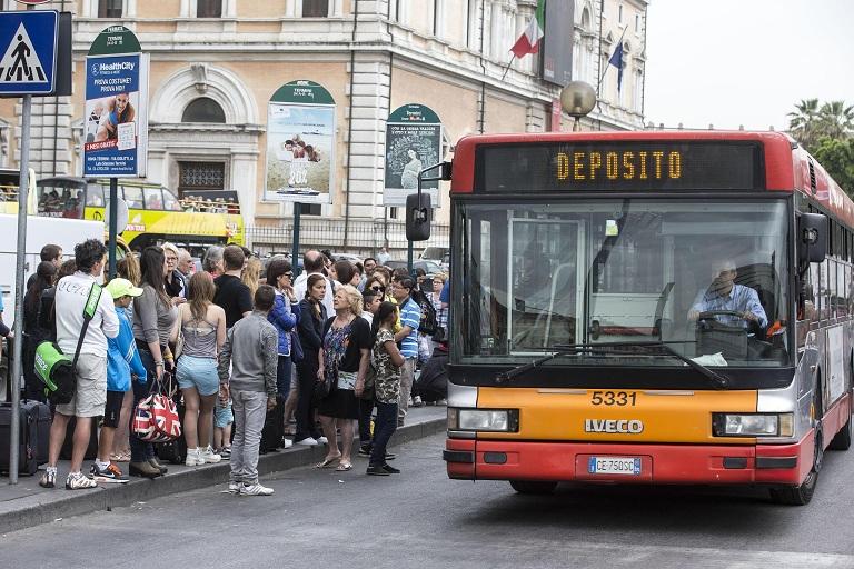 sciopero-dei-mezzi-del-7-agosto-a-roma.jpg (768×512)