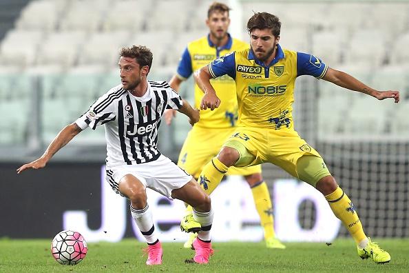 Juventus chievo 1 1 un rigore di dybala salva la faccia for Scarica sfondi juventus gratis