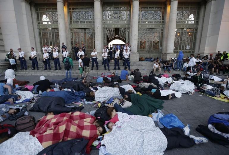 """migranti ungheria collasso 770x520 La """"rotta balcanica"""" ha chiuso ai profughi"""