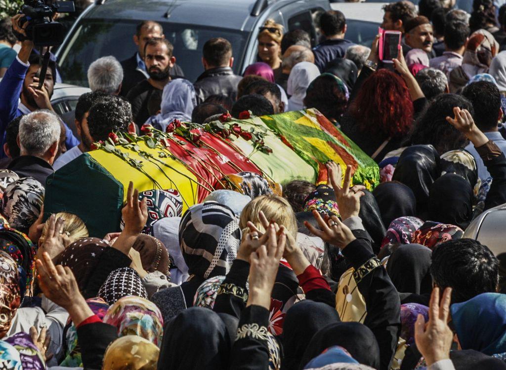 I funerali delle vittime della strage di Ankara (Photo by Burak Kara/Getty Images)