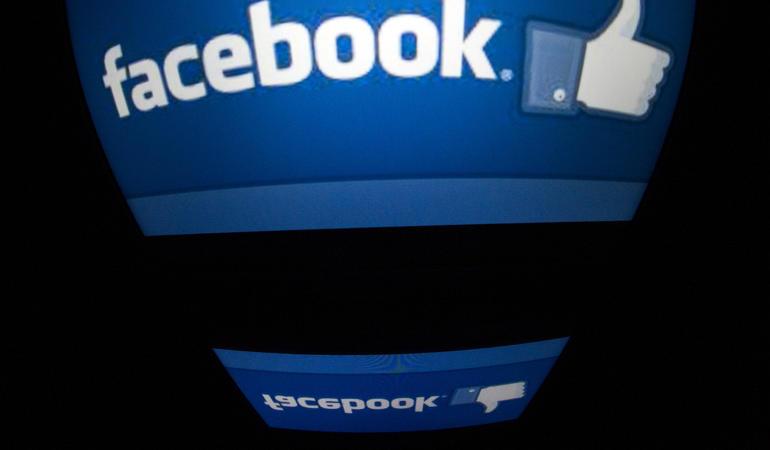 Facebook messaggi chat non amici