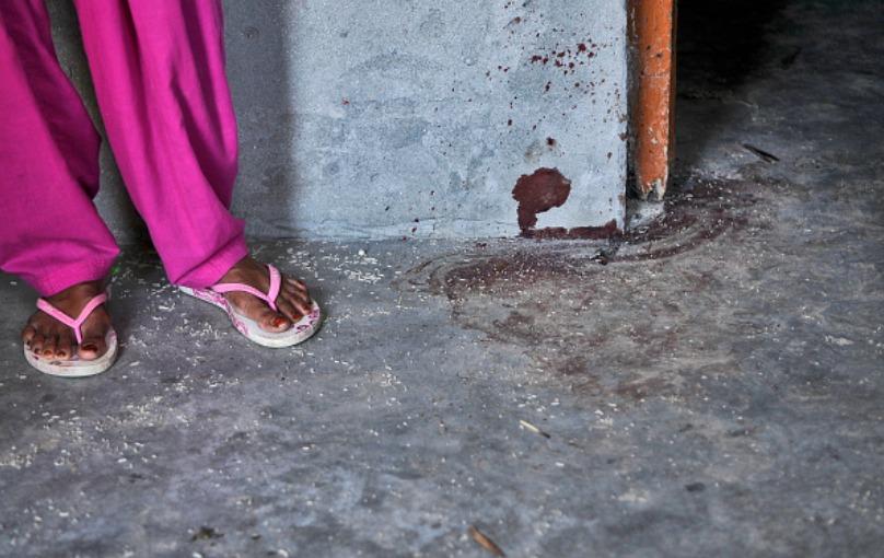 I segni lasciati dal linciaggio di Mohammad Akhlaq e famiglia (Photo by Burhaan Kinu/Hindustan Times via Getty Images)