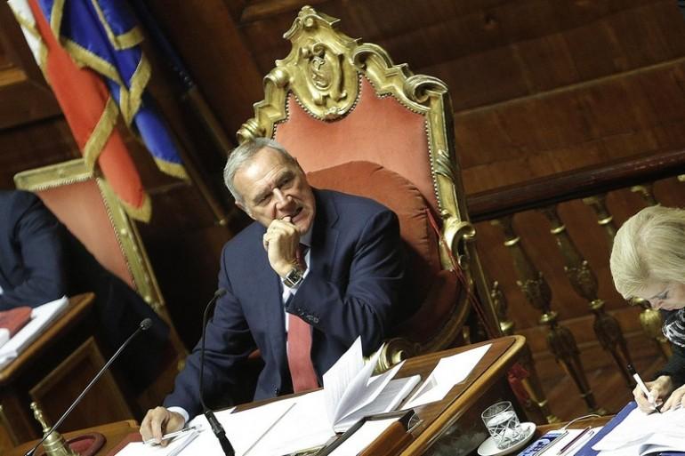 Riforma senato passa l 39 articolo 2 giornalettismo for Senato composizione