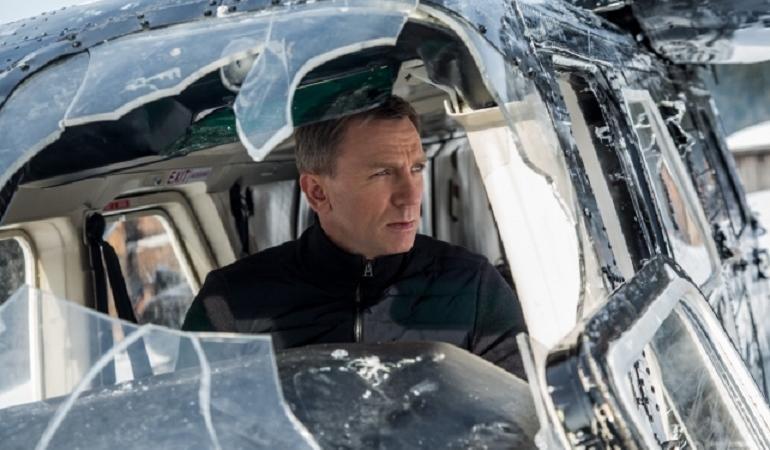 spectre 007 recensione