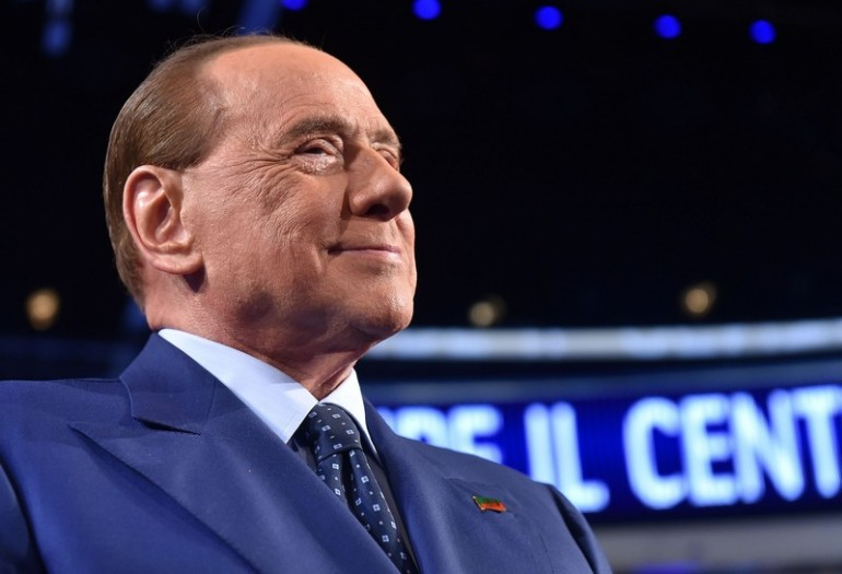 Milan, Berlusconi con Sarri: