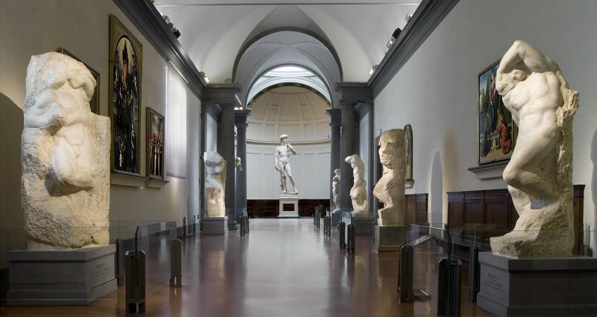 Firenze 12 gradi in aula fa pi caldo fuori lezioni for Accademia delle belle arti corsi