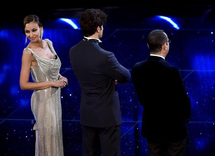Madalina Ghenea | Vestiti Sanremo 2016