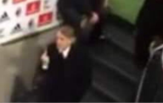 Mancini espulso: dito medio ai tifosi