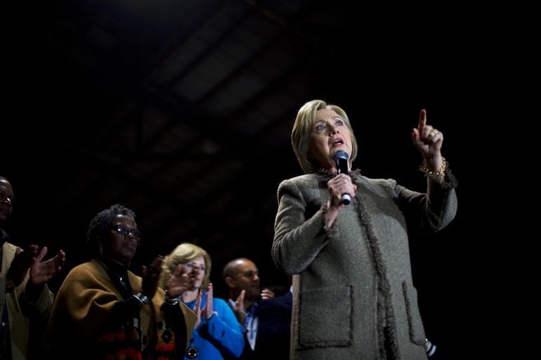 In South Carolina Hillary Clinton travolge Sanders