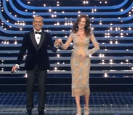 Sanremo, tutti pazzi per Virginia Raffaele che imita la Ferilli