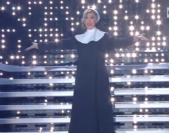 Virginia Raffaele imita Belen Rodriguez a Sanremo 2016 (Video 12 Febbraio)