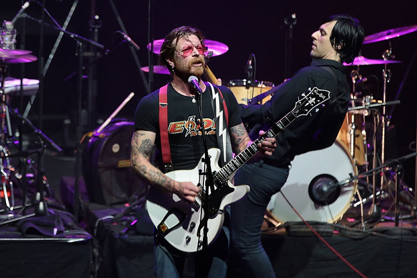 Eagles of Death Metal a Parigi dopo il Bataclan