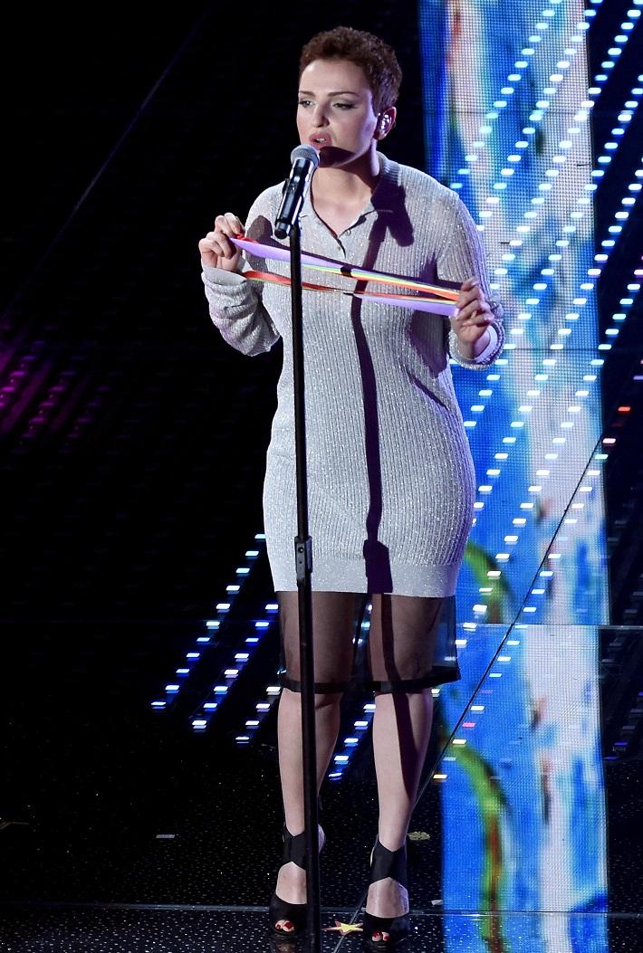 Vestiti Sanremo 2016: vallette e cantanti   FOTO