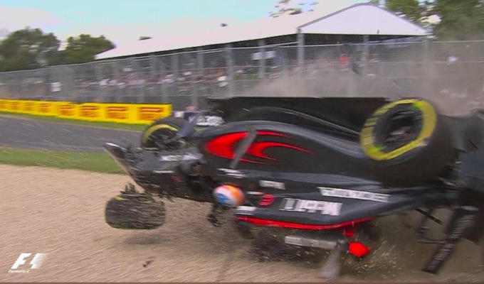 Fernando Alonso incidente Video