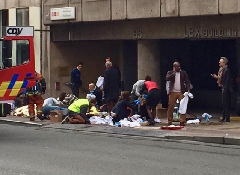 attentati-bruxelles-facebook.jpg (770×563)