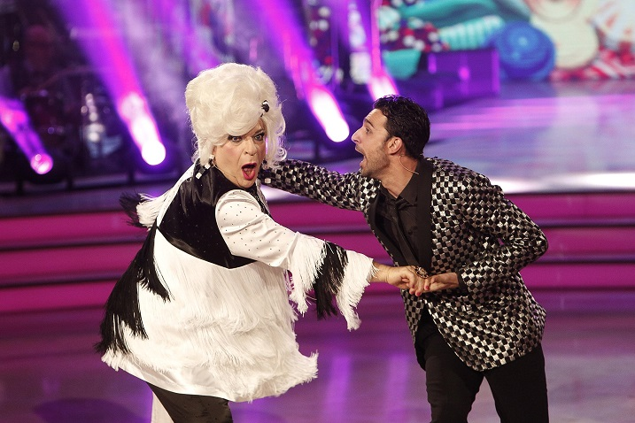 Ballando con le stelle con Nino Frassica stasera su Rai 1