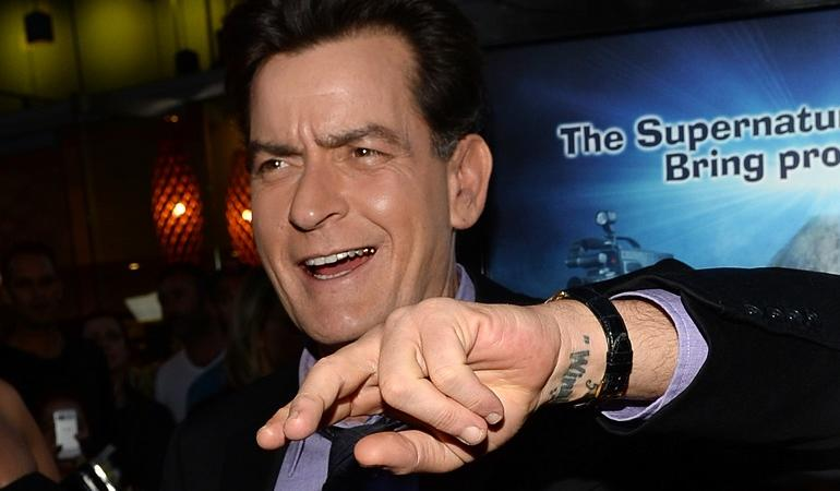 charlie sheen ex compagna killer
