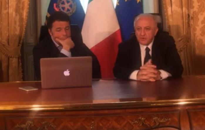 matteo renzi vincenzo de luca facebook