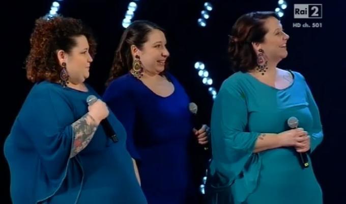 the voice proposta di matrimonio lesbica video