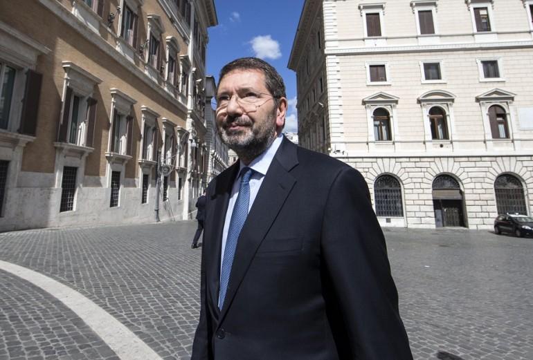 Marino: Non posso votare Giachetti. Raggi? Un errore denigrarla