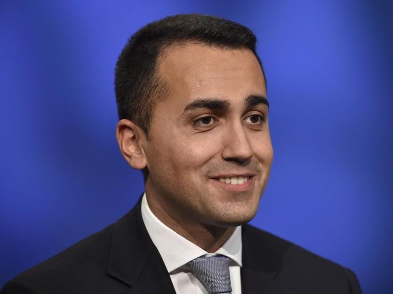 L. elettorale: M5S, Renzi cambia carte in tavola per paura di perdere