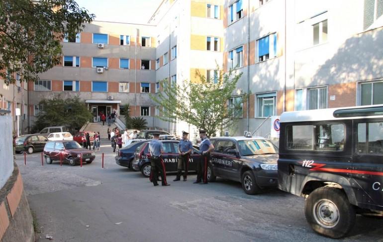 Rosarno, immigrato accoltella carabiniere: il militare spara e lo uccide