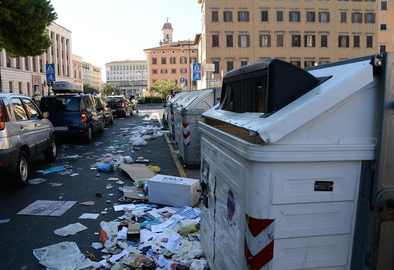 Sciopero igiene ambientale, presidio in piazza Signoria