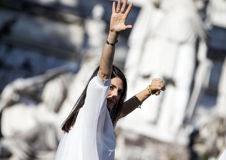 Virginia Raggi, incarichi da 13mila€ alla Asl Civitavecchia e…