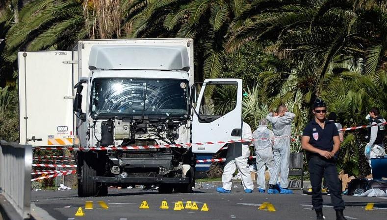 Attentato Nizza Camion